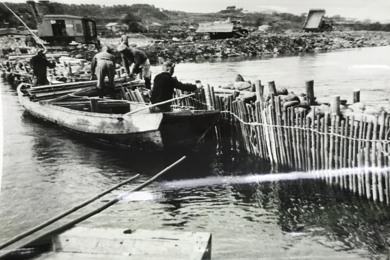 画像:建設省(現国土交通省)の工事の様子